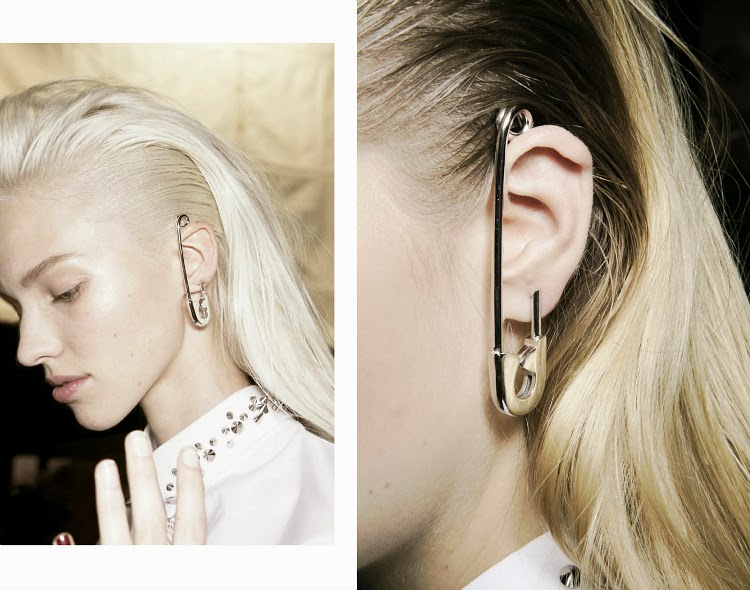 SAFETY PIN, VIKTOR&ROLF S/S14
